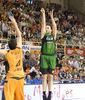 Luka Bogdanovic lanza de dos (foto: FM)