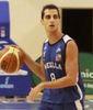 Jorge Jiménez sube la bola (Foto: Melilla Baloncesto)