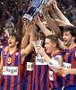 El Barça levanta el trofeo de la Euroliga (Foto: Lafargue)