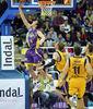 Bandeja a aro pasado de Van Lacke (ACB Photo/C.Minguela)