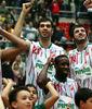 Los jugadores de Pinar Karsiyaka celebrando una victoria (Foto: Pinar Karsiyaka)