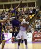 Prestes hace volar a Slaughter (ACB Photo/Cesar Minguela)