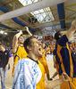 Kris Valters y el Baloncesto Fuenlabrada celebran la clasificación (foto: FM)