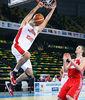 Bojan Dubljevic se cuelga del aro (Foto: Luis Fernando Boo)