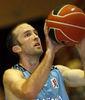Blake Ahearn, excelente desde el tiro libre (Foto www.clubestudiantes.com).