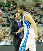 Sito Alonso animando a uno de sus jugadores<br> Foto: Charly Mula