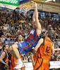Marconato machaca la canasta (foto: FM)