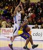 Jason Rowe ante Xanthopoulos (Foto: ACB Photo / C. Minguela)