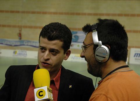 40 Xavier Garcia habla para radio Vic