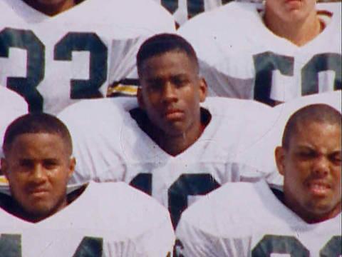 En el instituto, Allen Iverson también probó suerte en el Football