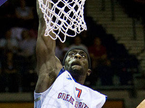 Pops Mensah-Bonsu al mate (Foto: FIBA Europe)