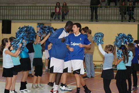 Antonio Izquierdo con el junior de Cajasol (Foto: Facebook Torneopedrajas)