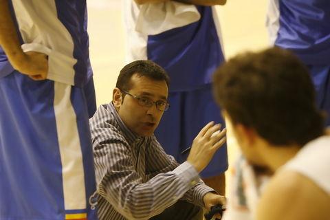 Joan Carles Pié dando instrucciones (Foto: Didac Salau/Diari d'Andorra)