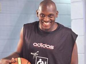 Darren Phillip volverá a ser el potencial ofensivo del CAI (Foto: Basket Zaragoza)