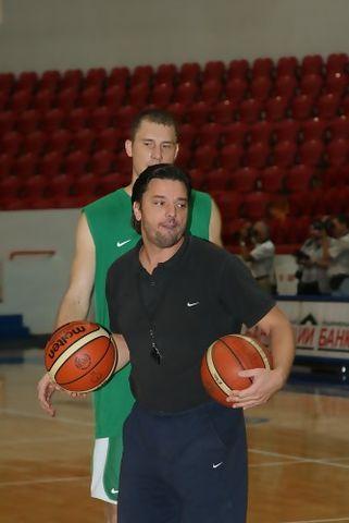 Andrija Gavrilovic en un entrenamiento
