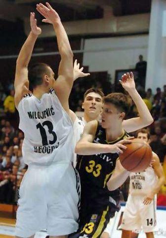 Marko Tomas ante el Partizan, con la camiseta de la Cibona. (Foto: Liga Adriática)