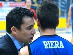 Sergio Riera vivió un partido muy especial frente a su hermano Joan (Foto: Melilla Baloncesto)