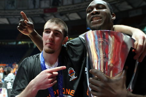 De Colo y Pietrus, France Power (Foto: Lafargue)