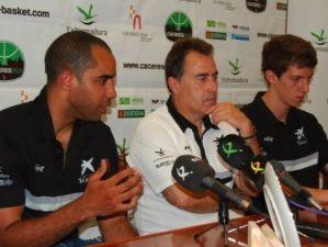 Cherry, Aranzana y Filiberto en la rueda de prensa (Foto: Cáceres2016)