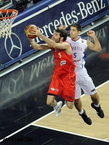 Rudy Fernández no estuvo fino en el tiro exterior (Foto FIBA)