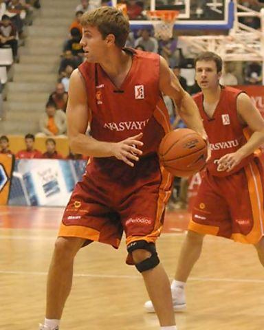 Spencer Gloger con Akasvayu Girona