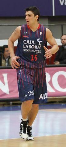 Esteban Batista en su debut con el Baskonia (ACB PHOTO / Luís García)