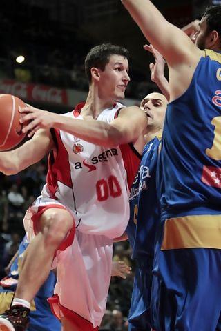 Gran partido de Rodrigo San Miguel (ACB PHOTO -Emilio Cobos)
