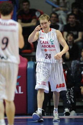 Brad Oleson, decisivo (ACB PHOTO / Lino González)