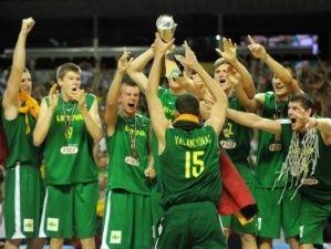 Explosión final en el título lituano (Foto FIBA.COM)