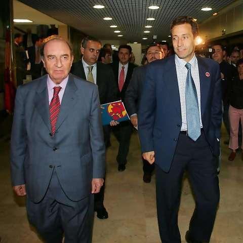 Eduardo Portela, presidente de la Liga Endesa, y José Luis Llorente, presidente de la Asociación de Jugadores (Foto: Pablo García)