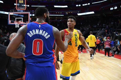 Giannis Antetokounmpo y los Bucks destrozan a los Pistons
