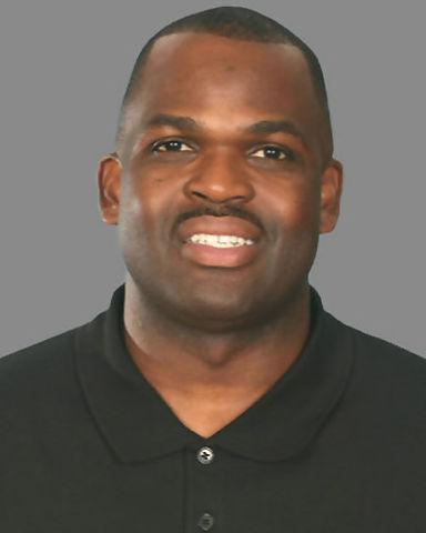 Nate McMillan, entrenador de Sergio 'Maravilla' Rodríguez EN Portland(Foto: NBA)