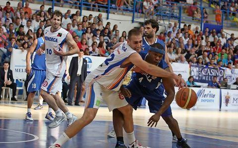 Arteaga, ahora en Manresa, consiguió el ascenso en la postemporada con Menorca (Foto: www.oscargimenezbarrios.es)