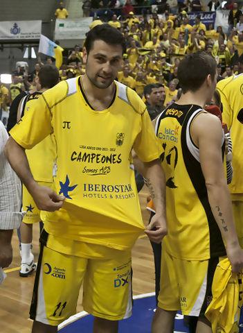Jaime Heras logró doblete: Copa y ascenso con el Canarias la pasada temporada (Foto: C.B. Canarias)