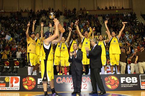 El Canarias se alzó con la Copa Príncipe (Foto: P.Romero / FEB)