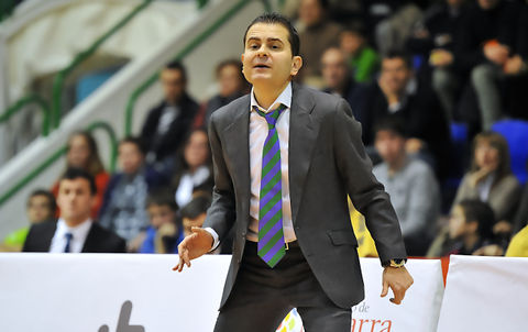 Rafa Sanz, entrenador de febrero (Foto: www.danividaurre.com)
