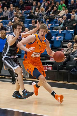 Justin Doellman volvió a ser el mejor del Valencia Basket. (Foto: JM Casares)