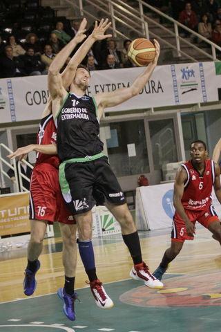 Miguel Alberto Montañana, MVP de marzo (foto Luis Cid-CáceresBasket)