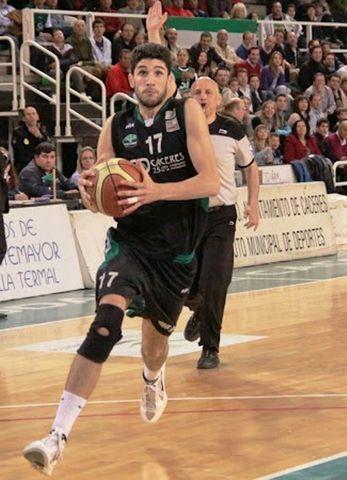 Carlos Ferreiro, penetrando jugando en Oro (foto Bujacocesto)