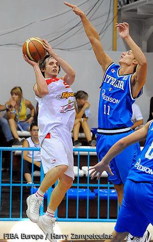 José Antonio Marco con la U20 (foto FIBA Europe)