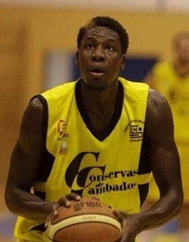 Mamadou Diop ya ha debutado en el Xuven