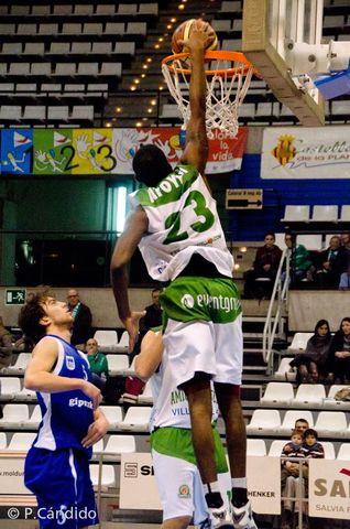 Olasumbo Atoyebi, MVP (foto Pascual Cándido)