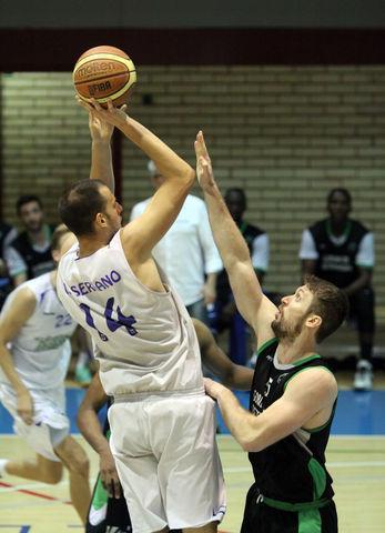 Excelente temporada de Víctor Serrano en el CB Prat (foto basquetmaniàtic)