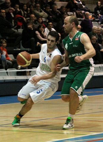 La gran actuación de Bassas no fue suficiente (foto basquetmaniàtic)