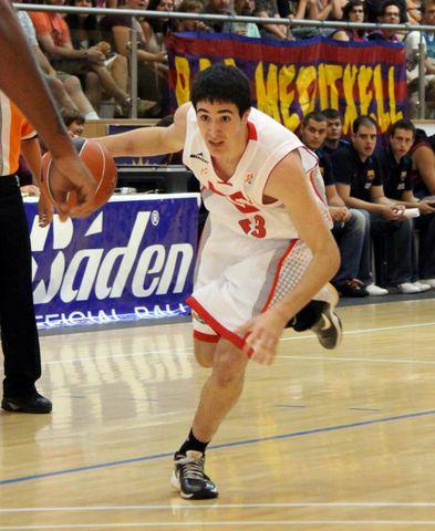 Javi Marín ya ha disputado 10 partidos en la liga Endesa con el CAI (foto basquetmaniàtic)