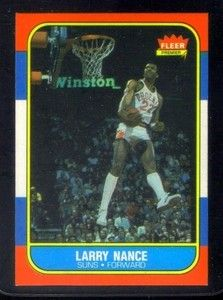 Card con el célebre mate de Larry Nance.