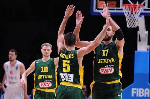 Kalnietis y Valanciunas (Foto: FIBA Europa)