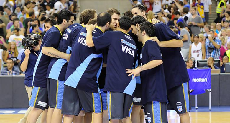 Reunión de equipo de Argentina<br>Foto: Charly Mula