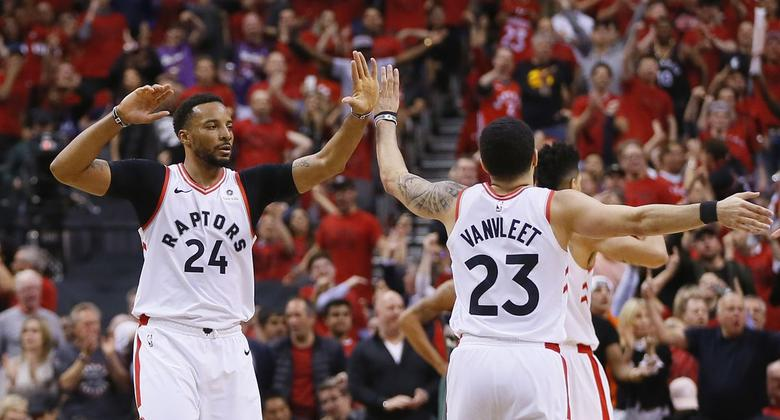 Los Raptors empatan la final del Este ante Milwaukee