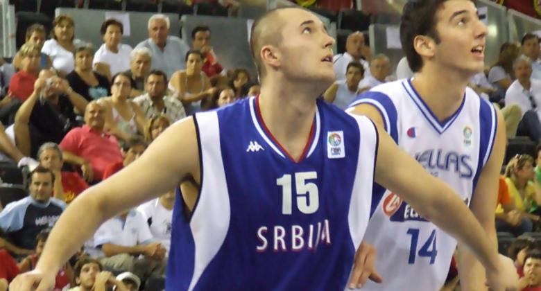 Macvan, de Serbia, y Koufos, de Grecia (foto: FM)